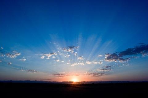 sunrise-165094_640