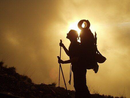 trekking-245311__340