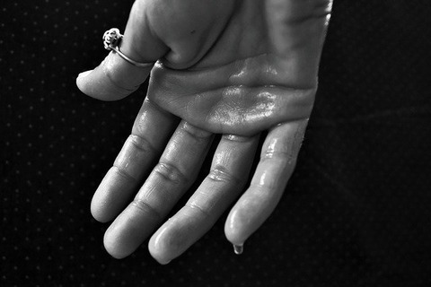 hand-1502242_640